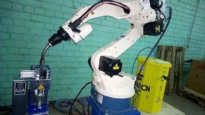OTC DAIHEN welding robot, 7 axes welding system