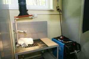 Suvirinimo klasės įrengimas. Portalinė metalo pjaustymo mašina ECKERT